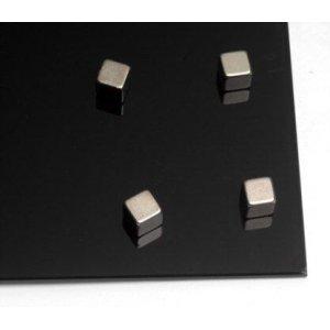 Набор металлических магнитов  куб (6 штук) AM150