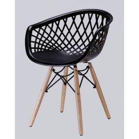 Кресло пластиковое черное с деревянными ножками LACE