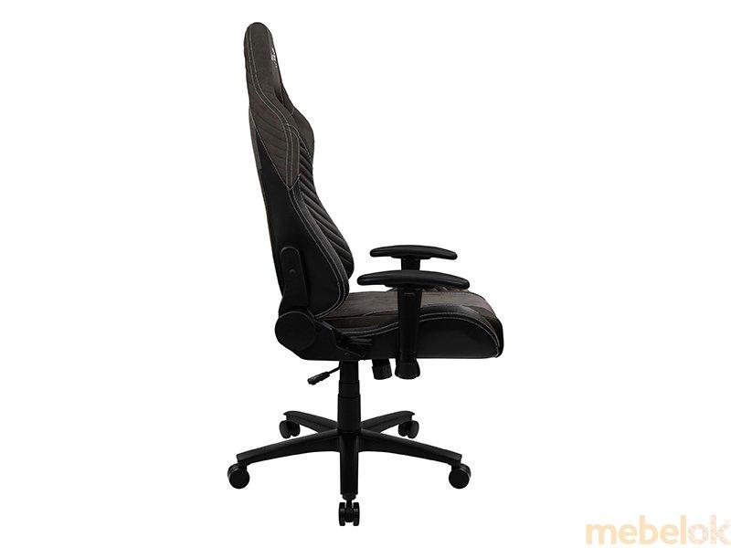 стул с видом в обстановке (Кресло для геймеров AEROCOOL BARON Iron Black)