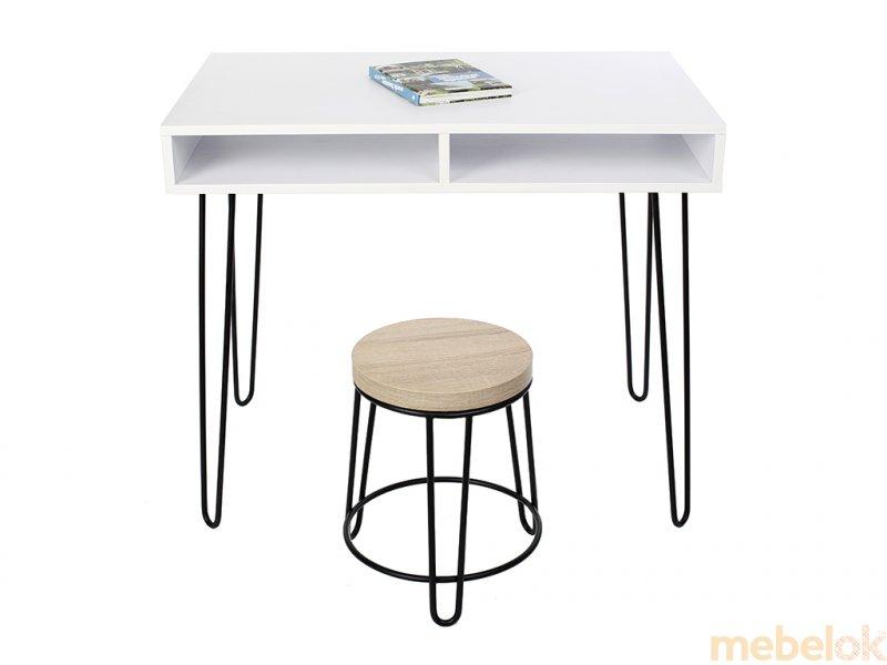 комп'ютерний стіл з виглядом в обстановці (Стіл Desk 1000)