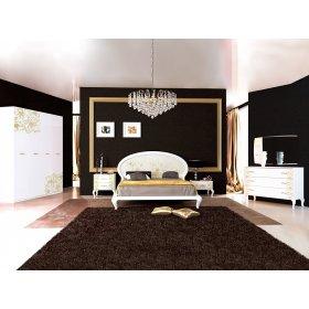 Спальный гарнитур Пиония Глянец белый/золото с четырехдверным шкафом