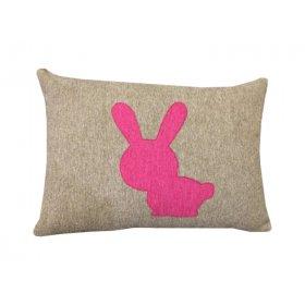 Декоративная подушка бежевая Зайчик 36х50