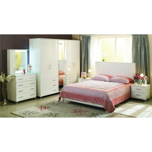 Спальня Мода с пятидверным шкафом