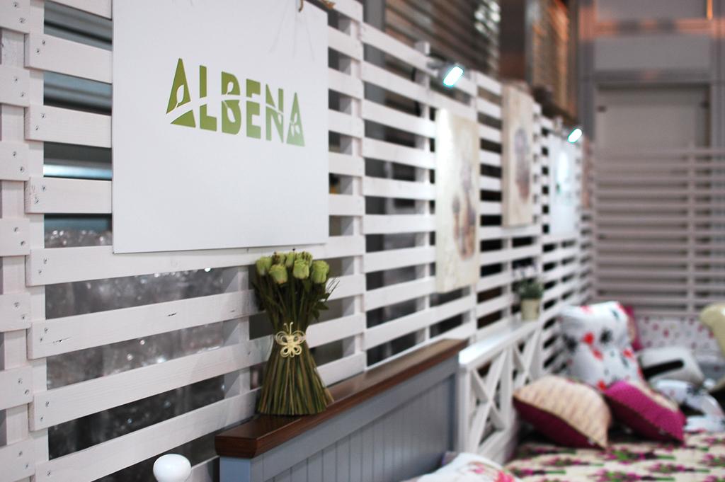 Продукция фабрики Албена на мебельной выставке