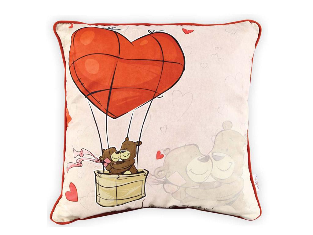 подушка с сердечком