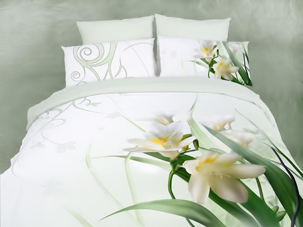 Белая постель дарит ощущение нежности