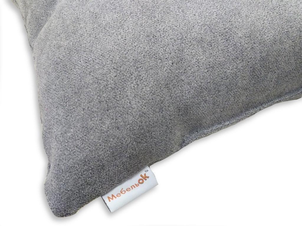 Логотип на этикетке подушки МебельОК