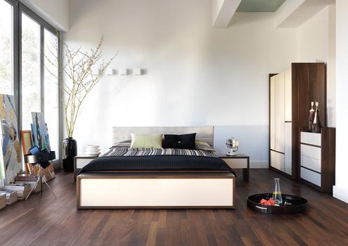 Расположение кровати в спальной комнате