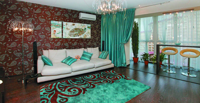 Пример нуедачной цветовой композиции в интерьере гостиной
