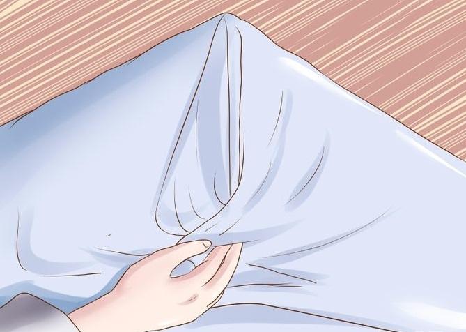 Как складывать уголки постельного белья