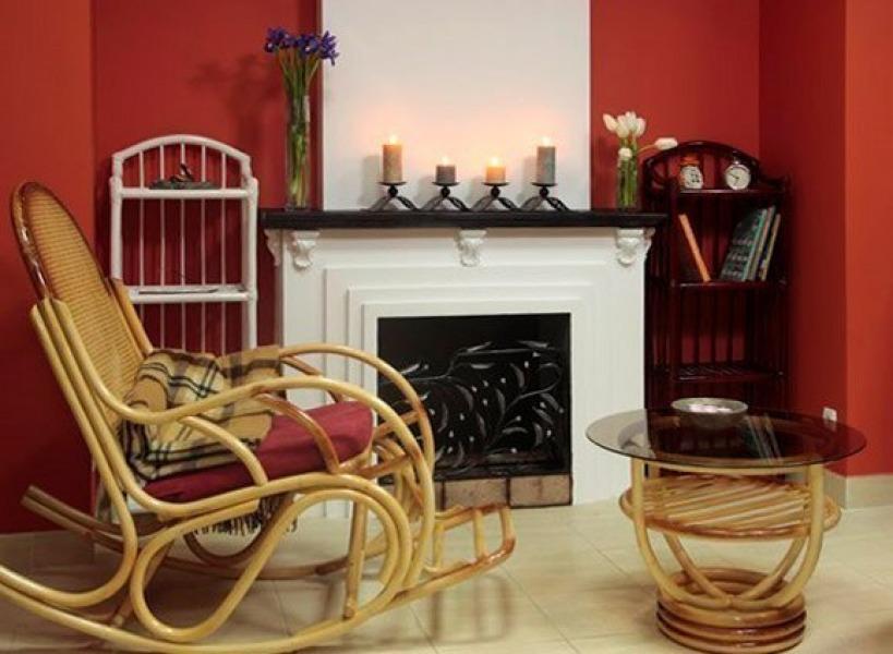 Плетеное кресло-качалка