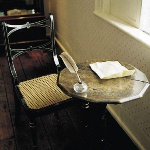 Письменный стол Джейн Остин