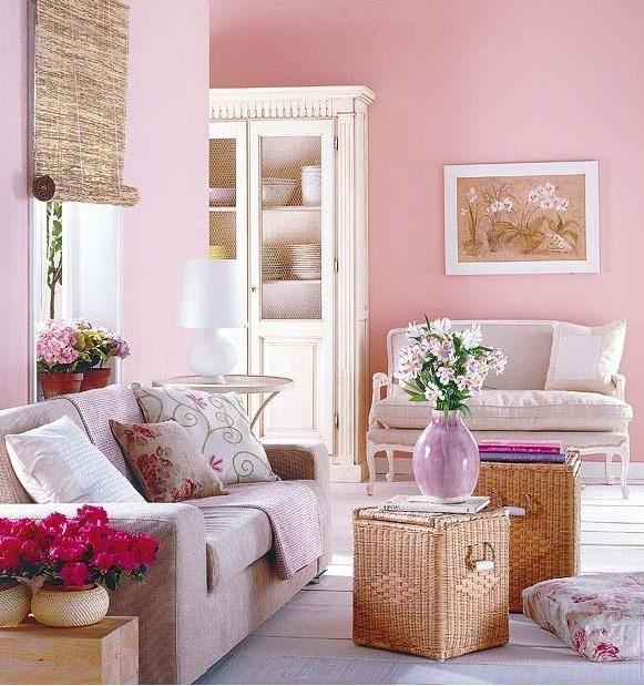 Розовый кварц - фоновый оттенок в интерьере гостиной