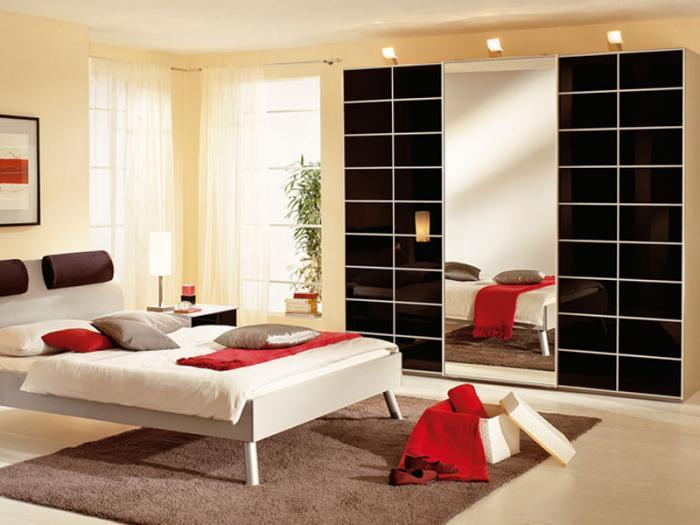 Спальня со шкафом-купе