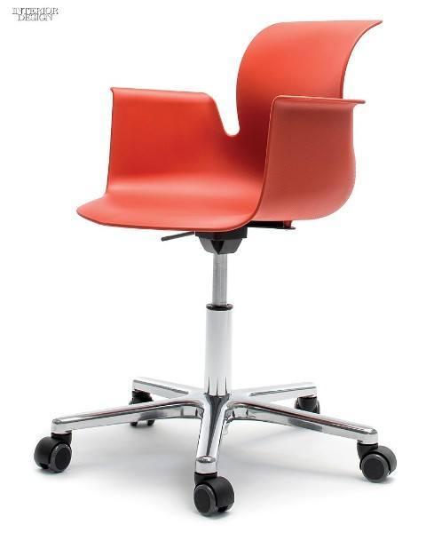 Офисное кресло на колесиках 2015