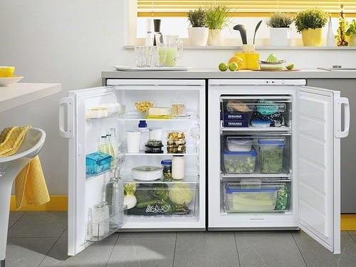 Компактный холодильник
