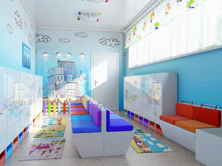 Раздевалка в детском саду, оборудованная мебелью