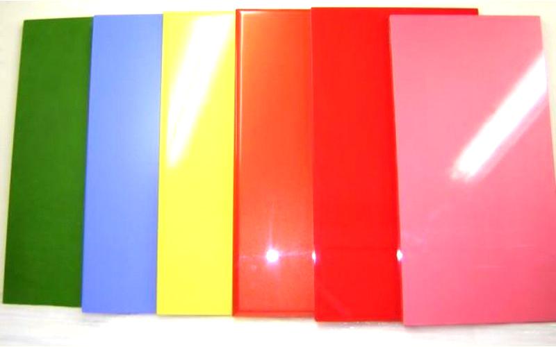 Палитра пластиковых фасадов