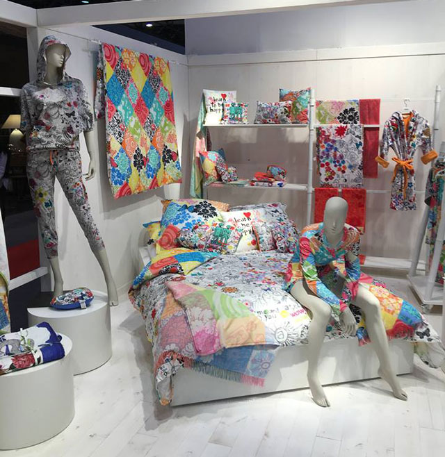 Текстиль и подушки для спальни