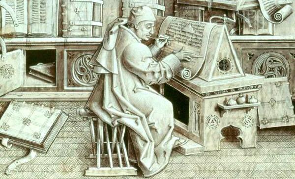 Письменный стол эпохи Возрождения