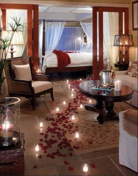 Свечи в романтическом интерьере