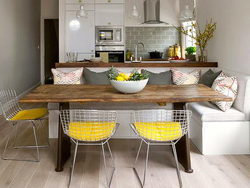 Кухонный уголок в кухне-студии