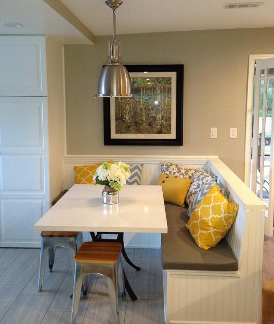 Кухонный диван как инструмент зонирования