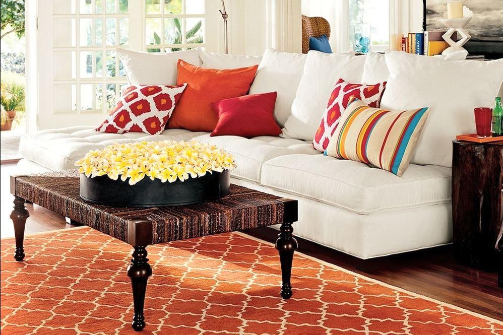 Подушки для декорирования дивана