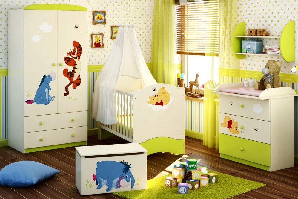Комод и шкаф в детской