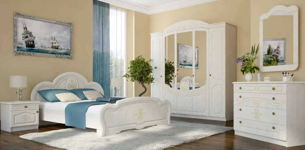 Комод и тумба в интерьере спальни