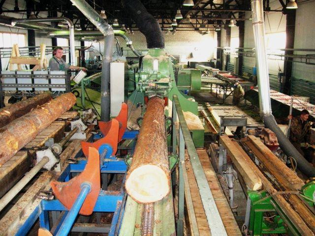 Обробка дерева для меблів