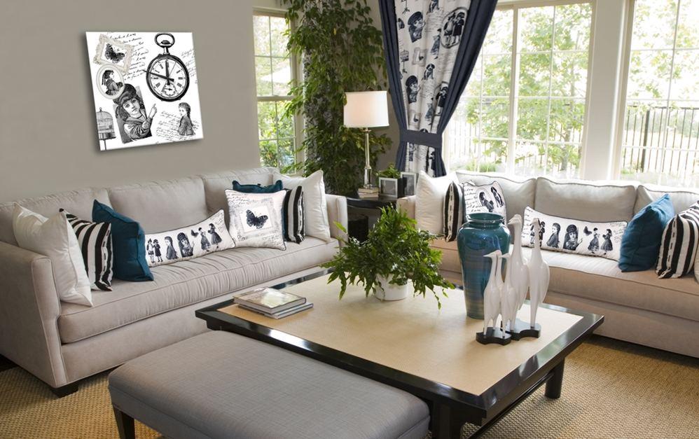 Декорирование дивана подушками